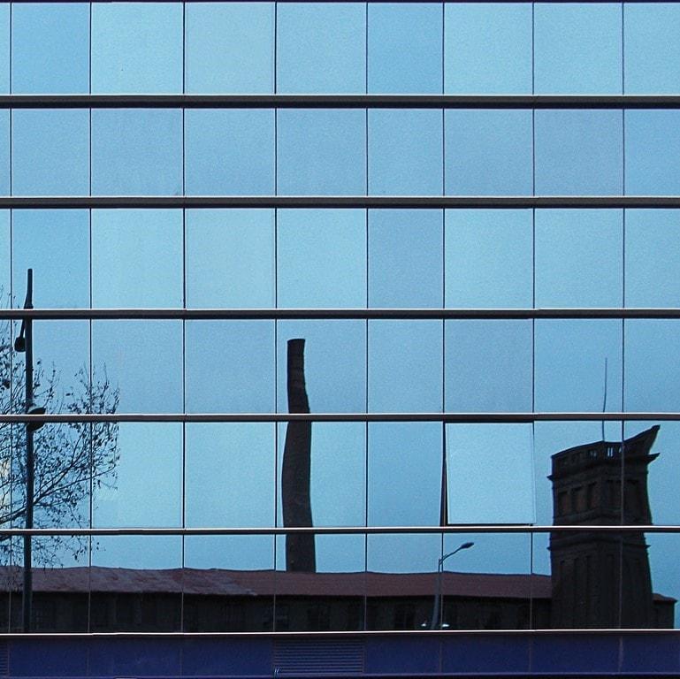 lamina solar edificio contra rayos uv